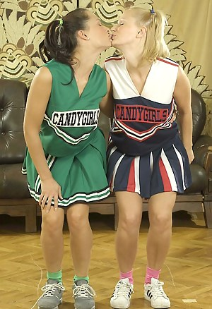 Lesbian Cheerleader Porn Pictures