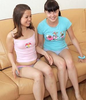 Amateur Lesbian Porn Pictures